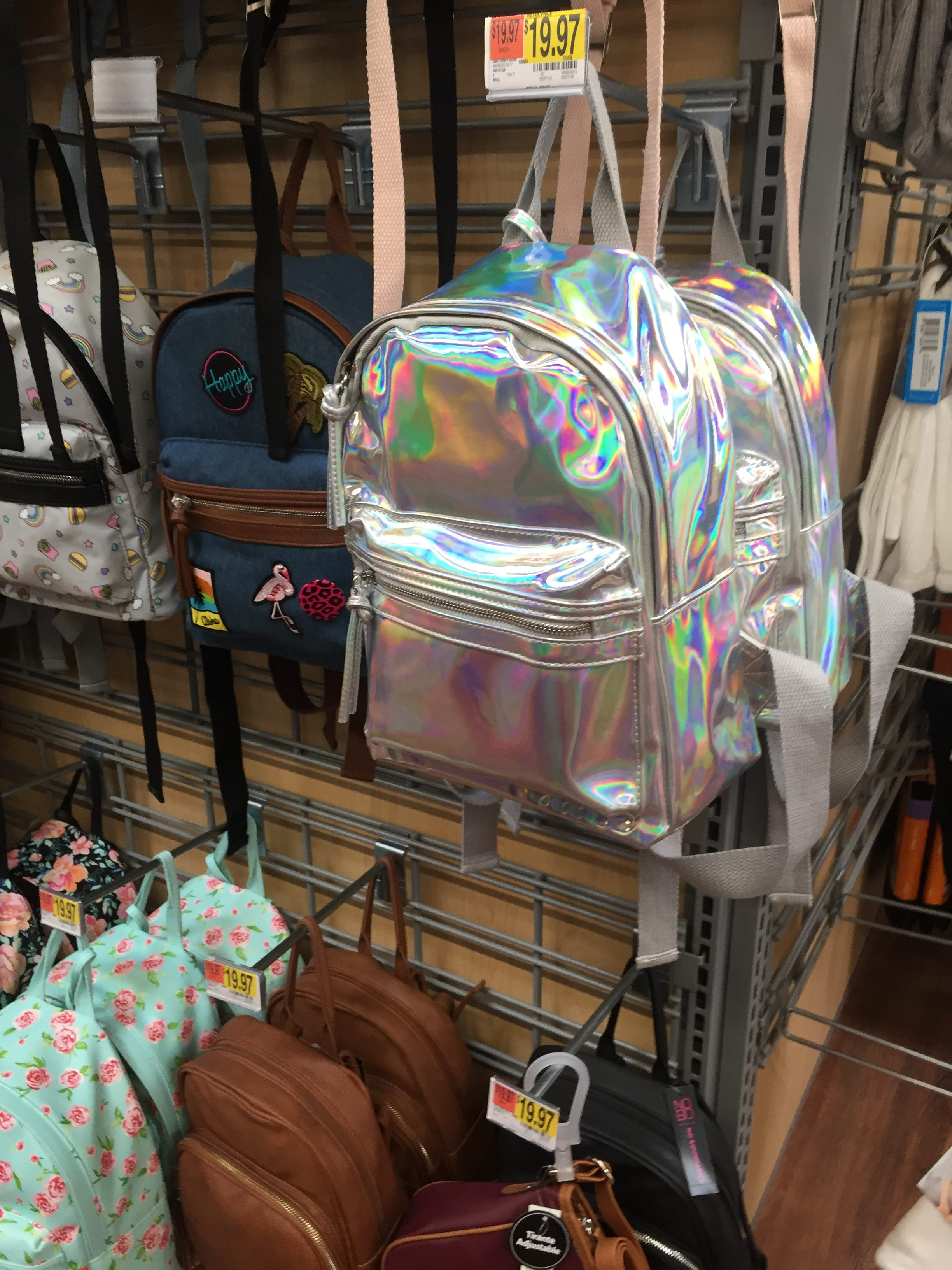 This backpack reminded me of Luciana's.